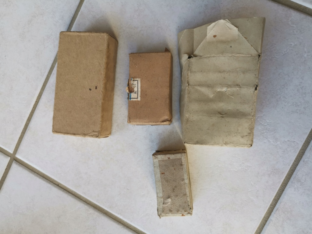 Boîtes de munitions 45, 7.65, Stg44  Img_2043