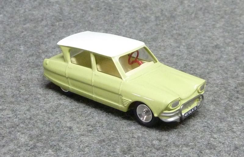 numéro 2 Citroën Ami 6 berline P1350224