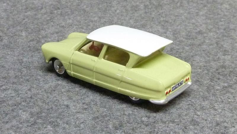 numéro 2 Citroën Ami 6 berline P1350225