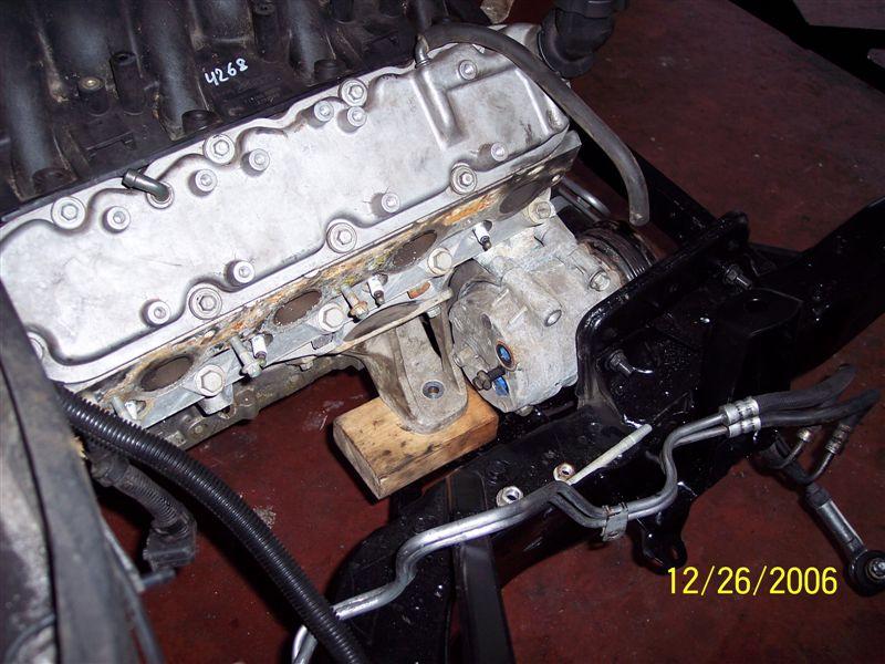Installer un moteur LS1 dans une Corvette C4 100_2413