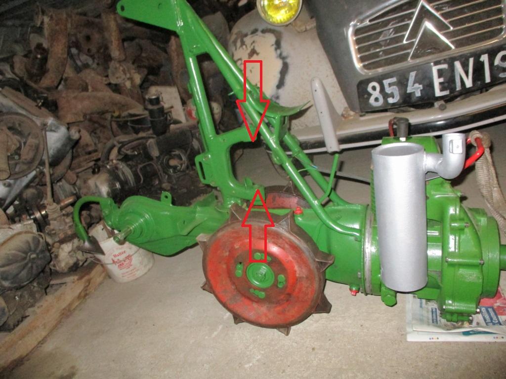 agria - attelage remorque pour agria 1600/2600 Agria_10