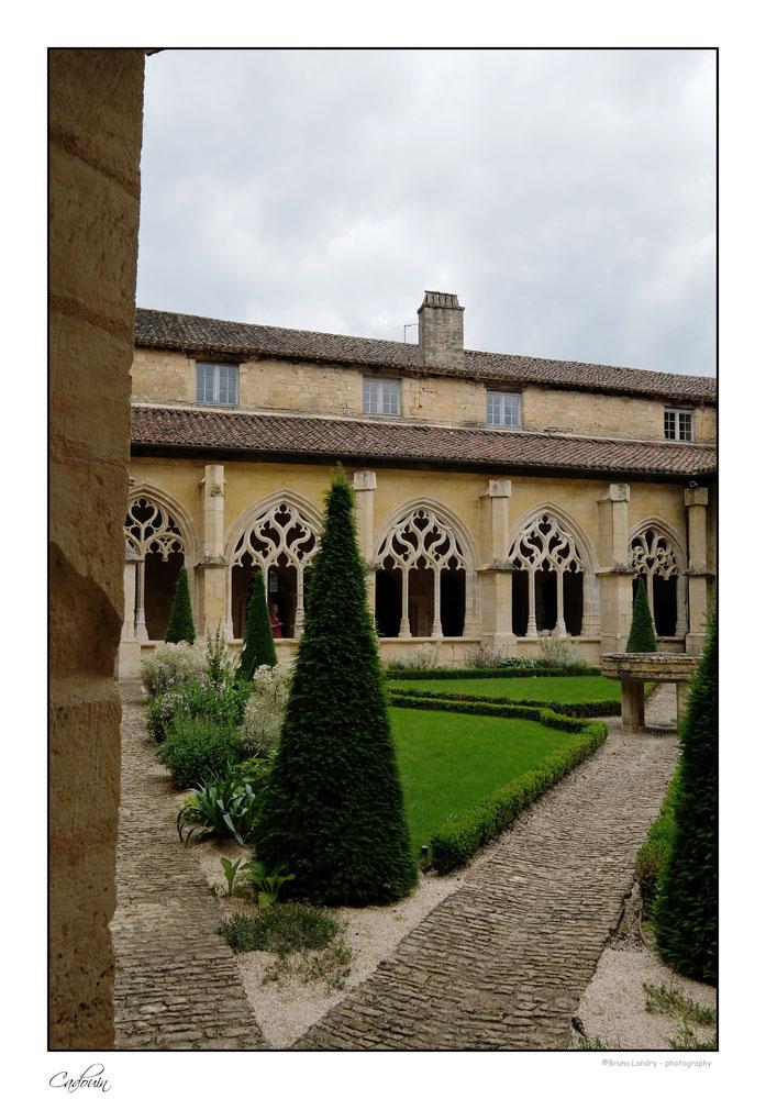 Le village de Cadouin et son abbaye Dscf6632