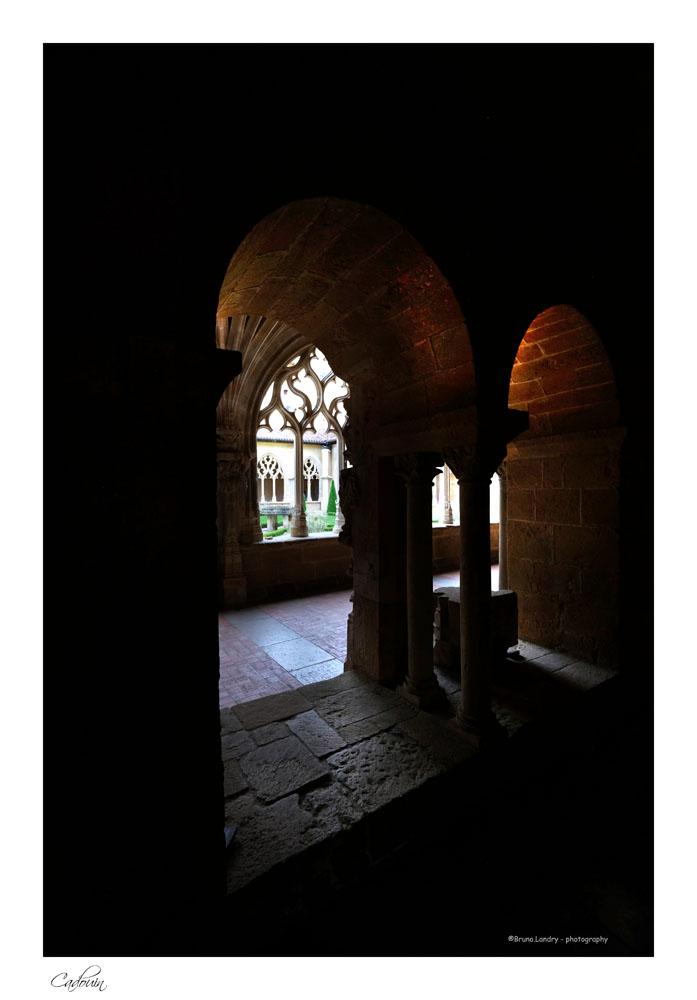 Le village de Cadouin et son abbaye Dscf6637