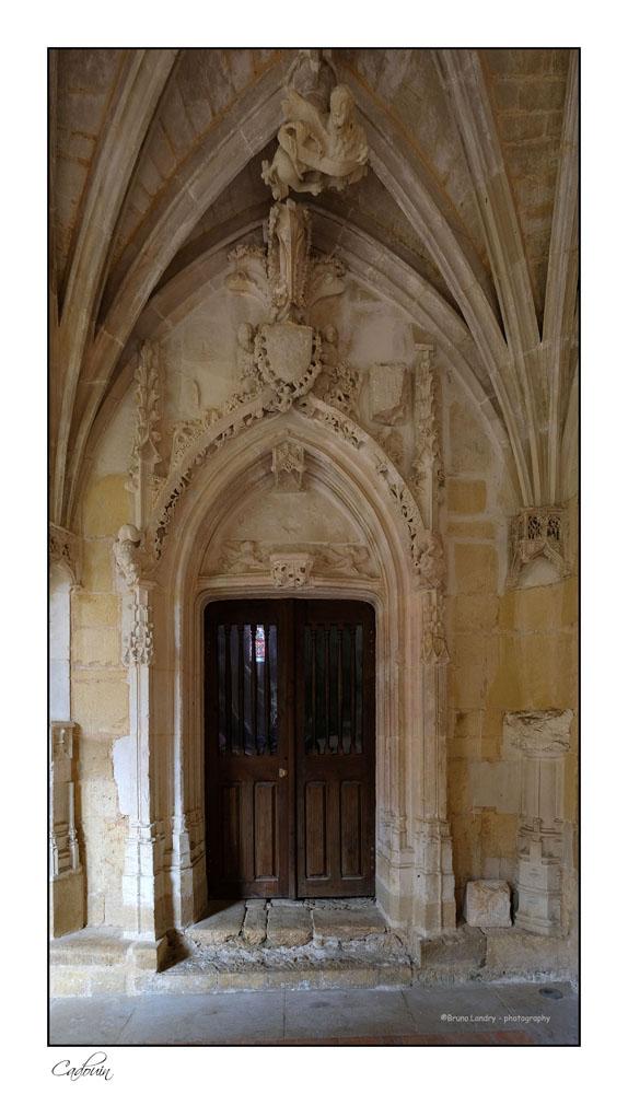 Le village de Cadouin et son abbaye Dscf6645