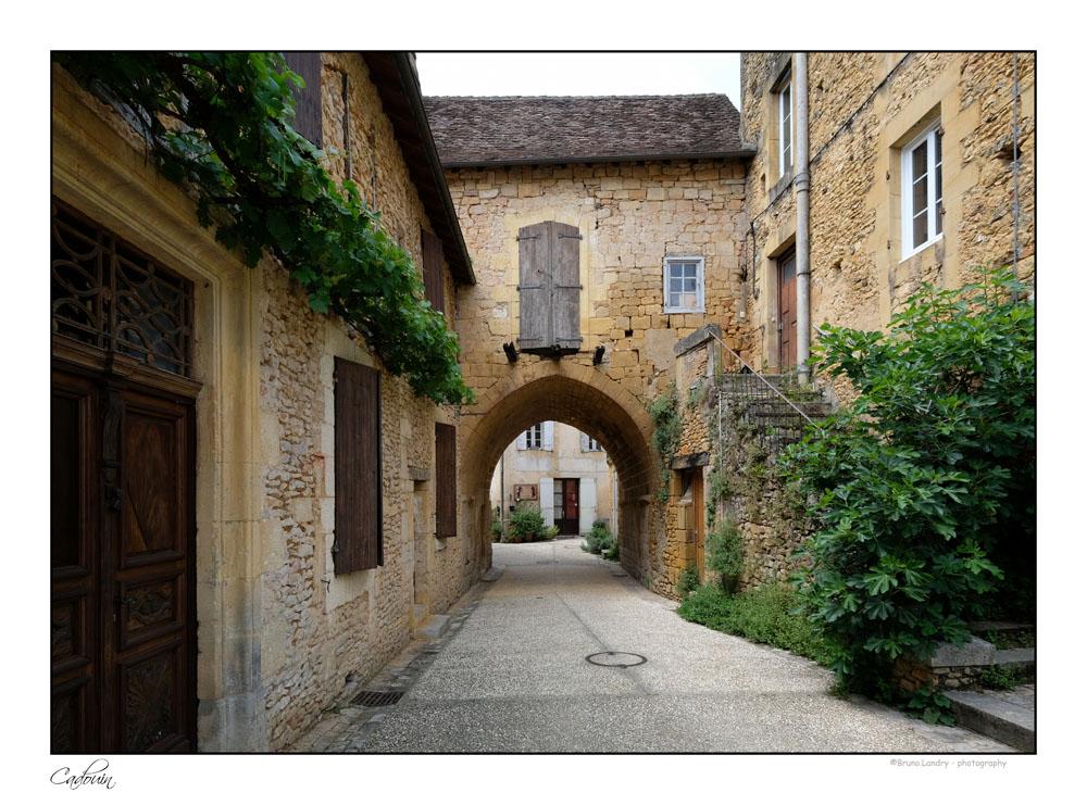 Le village de Cadouin et son abbaye Dscf6659