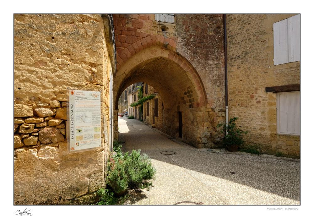 Le village de Cadouin et son abbaye Dscf6660