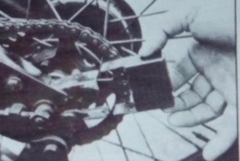 frame - Frame end cap in a Cruiser 39 Image99