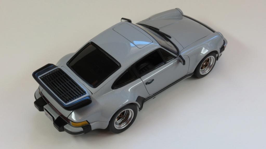 Porsche  930 fin '70 Img_4116