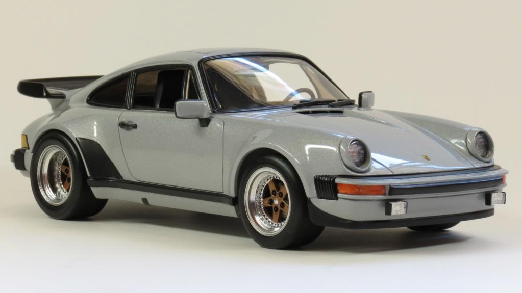 Porsche  930 fin '70 Img_4117