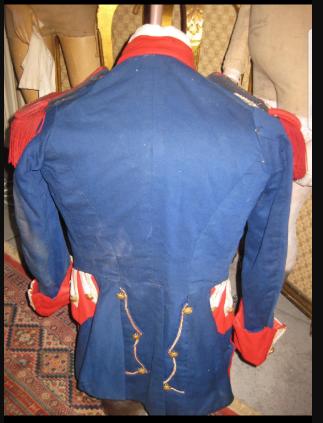 Costume historique pour les productions cinématographiques de la Société Française de production Frans_11