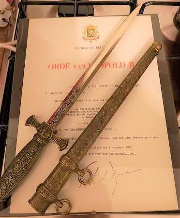 Dague fantaisie(??) a identifier svp Franse11