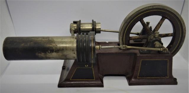 moteur Stirling, ou moteur à air chaud. Georges Carette, Nuremberg. Rimg0926