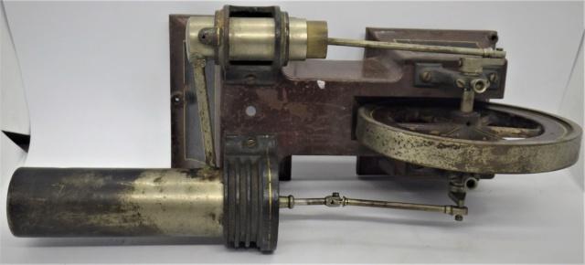 moteur Stirling, ou moteur à air chaud. Georges Carette, Nuremberg. Rimg0930
