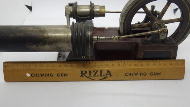 moteur Stirling, ou moteur à air chaud. Georges Carette, Nuremberg. Rimg0932