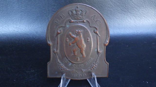 médaille de table Friling Eugéne joueur de foot au Beerschot Rimg2323