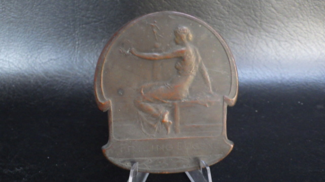 médaille de table Friling Eugéne joueur de foot au Beerschot Rimg2324