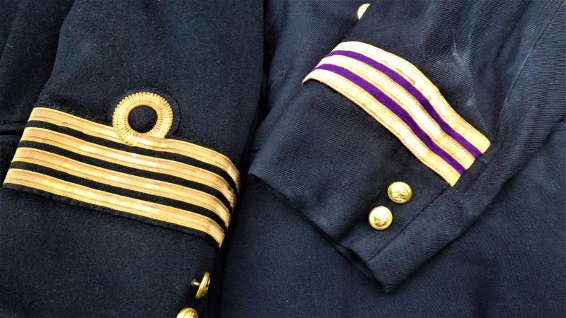 Capitaine de marine (marchande??) Rimg3611