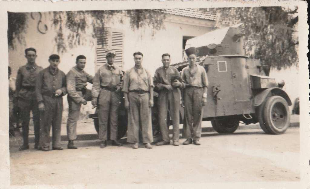 Identification d'automitrailleuses françaises - Années 30 ? Rif ? 810