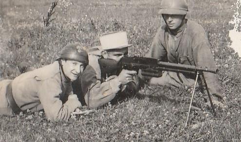 Identification de groupes de soldats Soldat12
