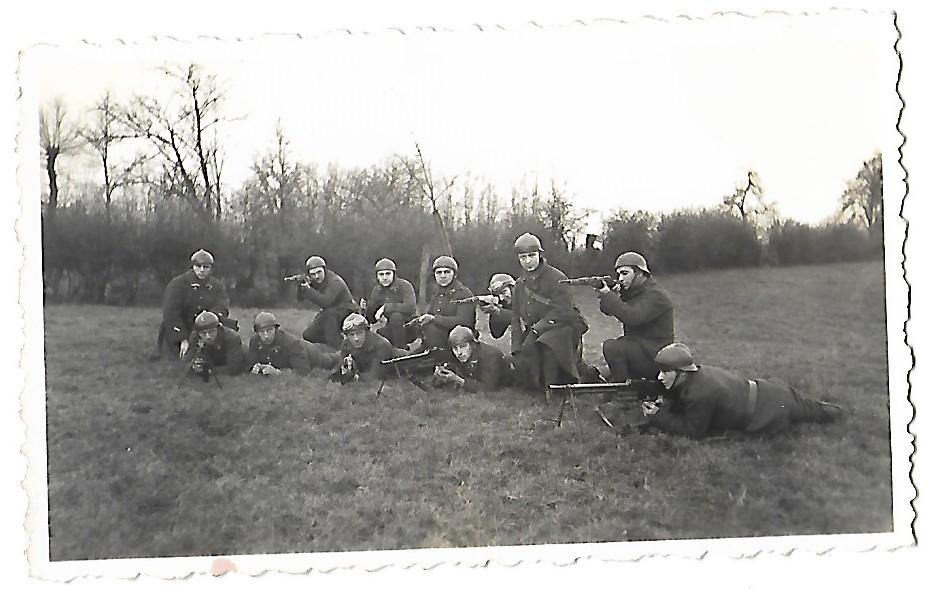 Identification de groupes de soldats Soldat17