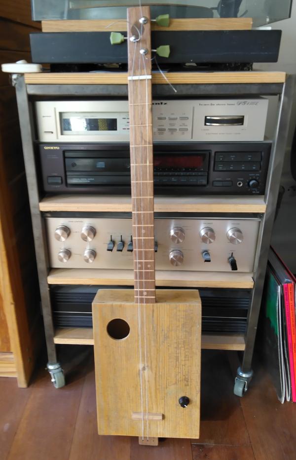 cigare box guitare Img_2014