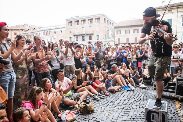 21 Agosto: serata al Ferrara Buskers Festival 30225110