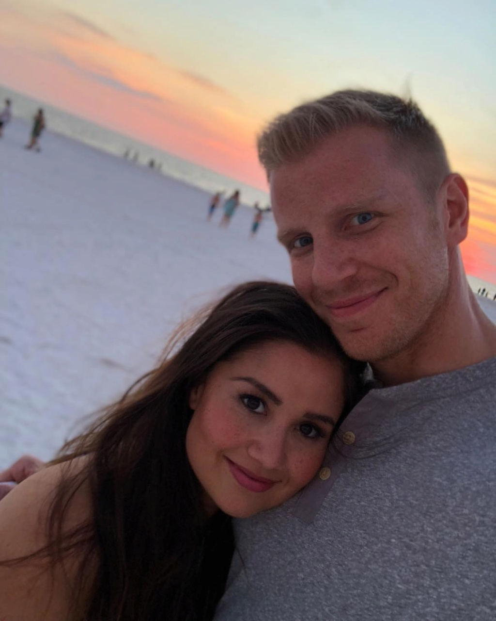Sean & Catherine Lowe - Fan Forum - General Discussion #2 - Page 75 36740110