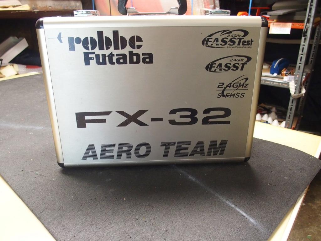 Futaba FX 32 P8050014