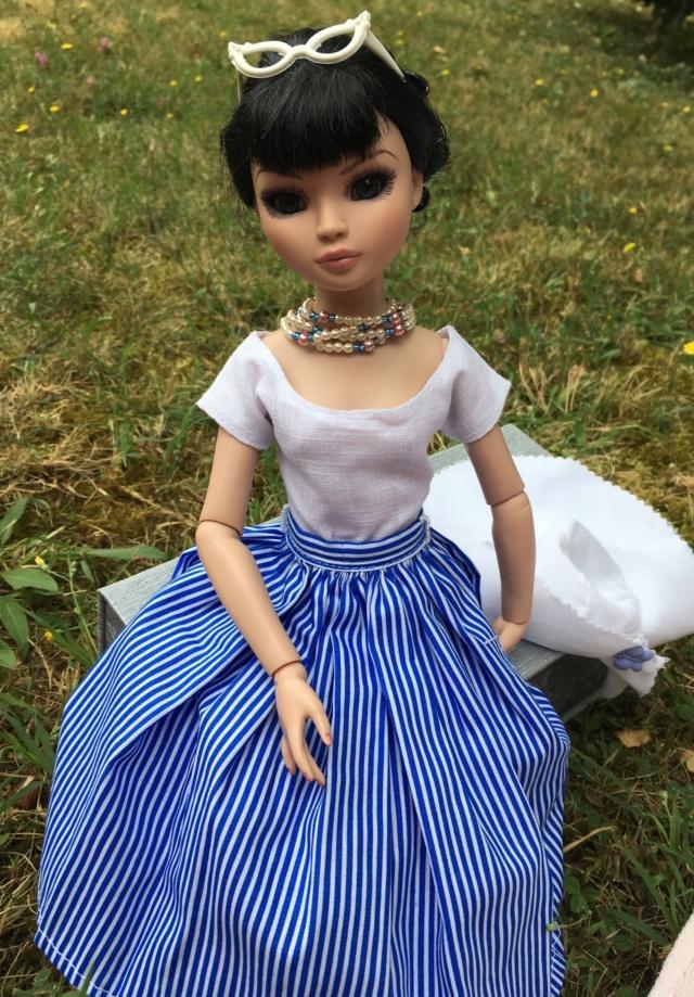 Miss Barbara, une Ellowyne en Chanel - Page 4 346b7d10