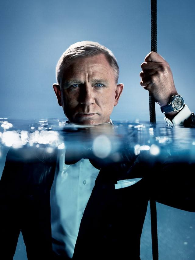 livre: James Bond, l'espion qui aimait les montres - Page 3 Pasted10