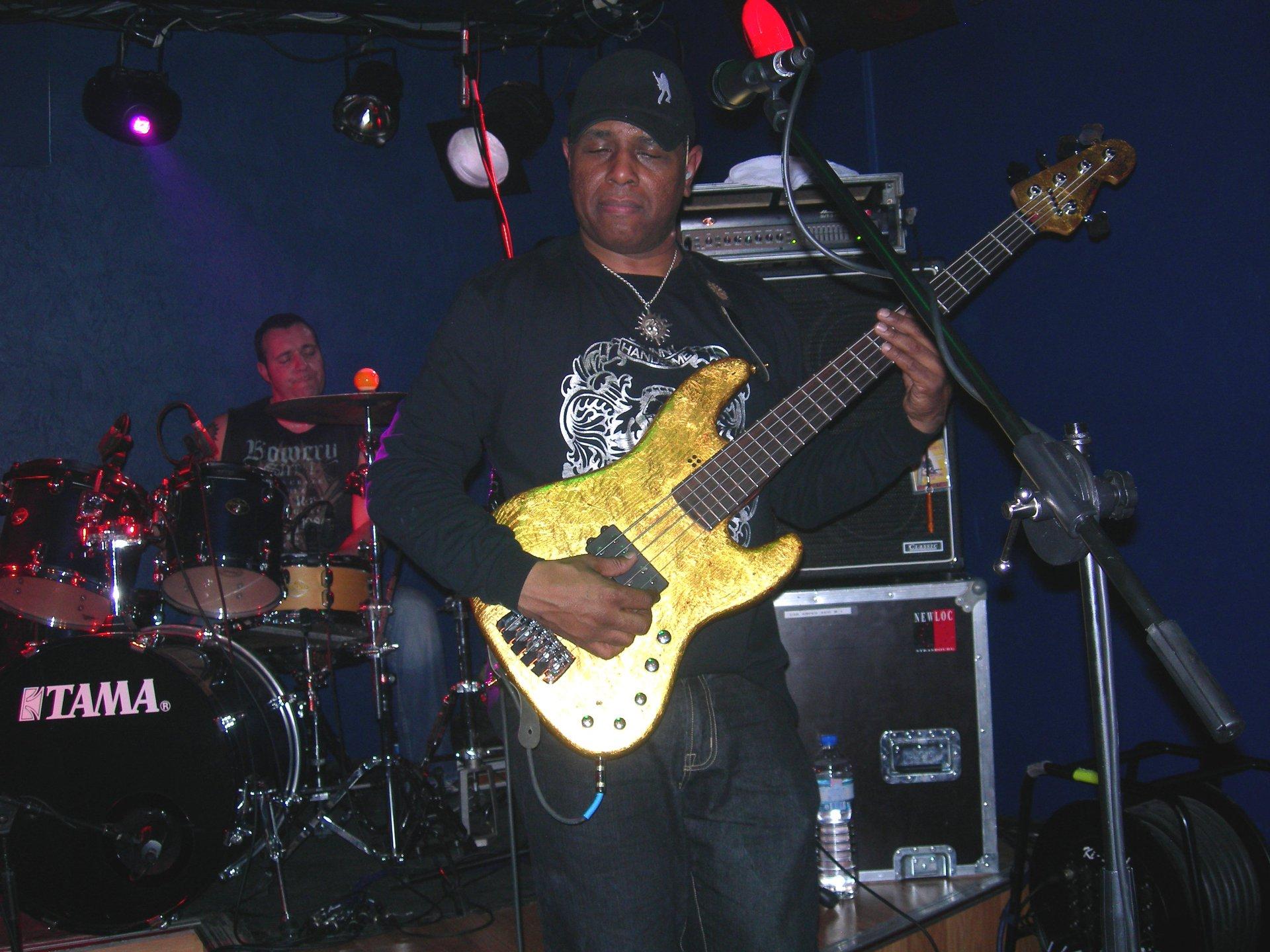 Kind of Blues la radio qui blues - Page 34 Biscui10