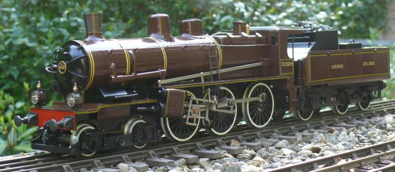 Locomotive 230 D ACO  à vapeur vive 210