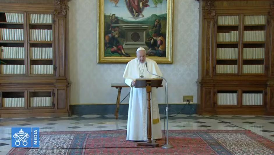 ✟Toute l'Actualité de notre Saint-Père le Pape François✟ - Page 14 0-111