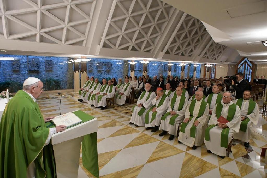 Le Pape à Sainte Marthe 0-2-410
