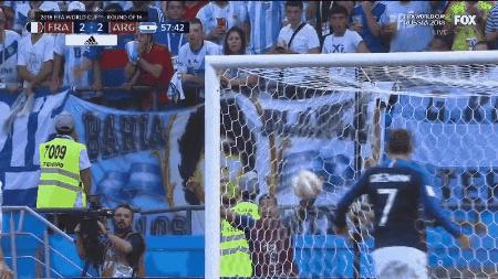 Football : « Le plus beau but était une passe »  15304210