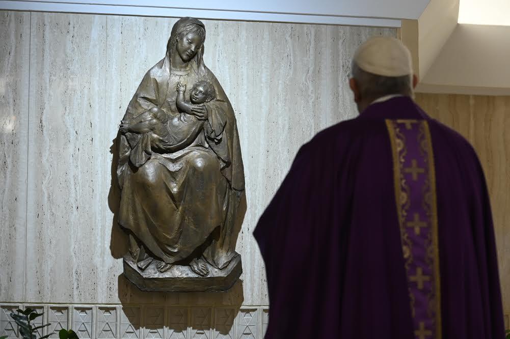 Le Pape à Sainte Marthe - Page 2 3_avri10