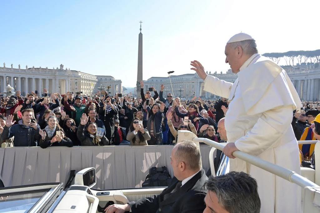 Tous les Mercredis : Audience Générale de notre Pape François!! Aud10
