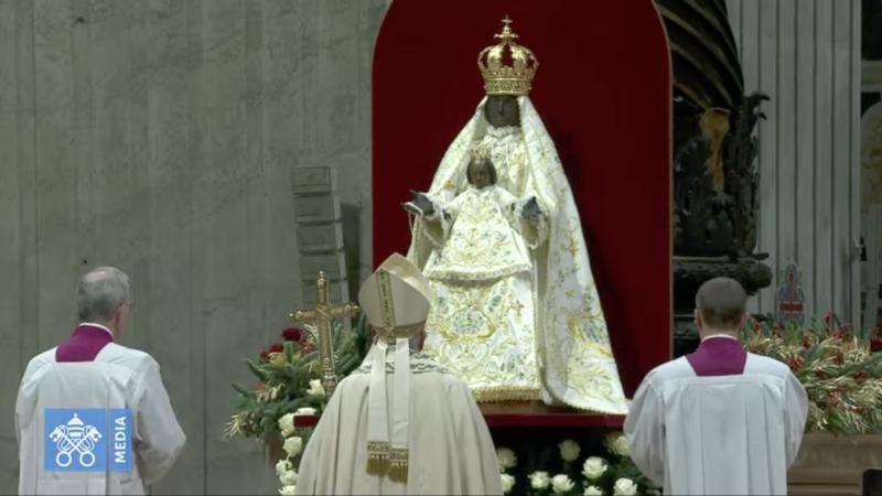 ✟Toute l'Actualité de notre Saint-Père le Pape François✟ - Page 12 Captur23
