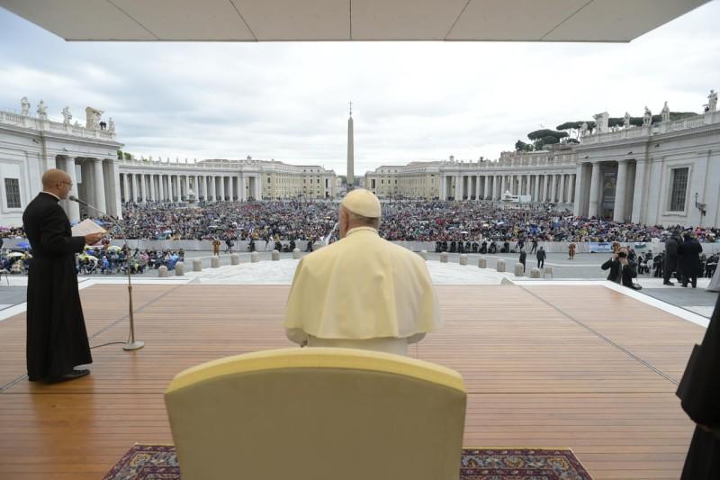 Tous les Mercredis : Audience Générale de notre Pape François!! Cq5dam11