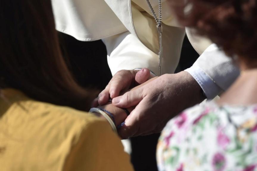✟Toute l'Actualité de notre Saint-Père le Pape François✟ - Page 14 Le-pap16