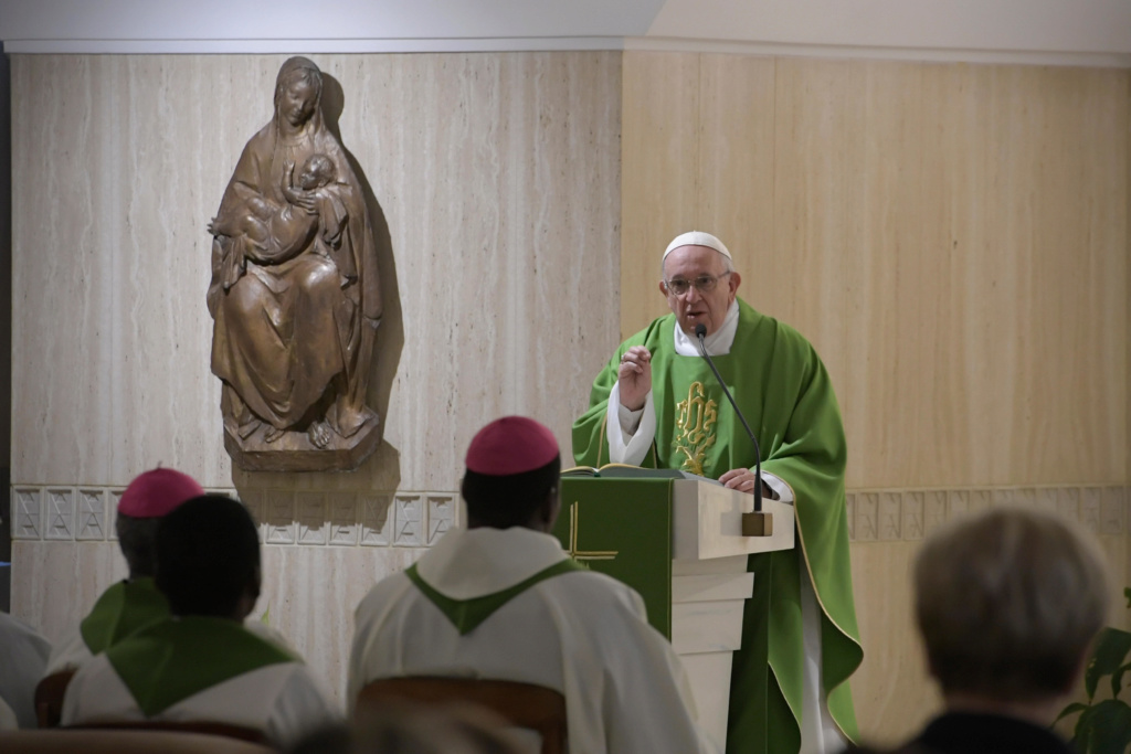 ✟Toute l'Actualité de notre Saint-Père le Pape François✟ - Page 6 M_4_se10