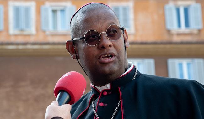 ✟Toute l'Actualité de notre Saint-Père le Pape François✟ - Page 7 Mgr_ma10
