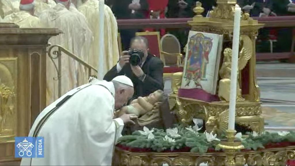 ✟Toute l'Actualité de notre Saint-Père le Pape François✟ - Page 13 Pf_ado10