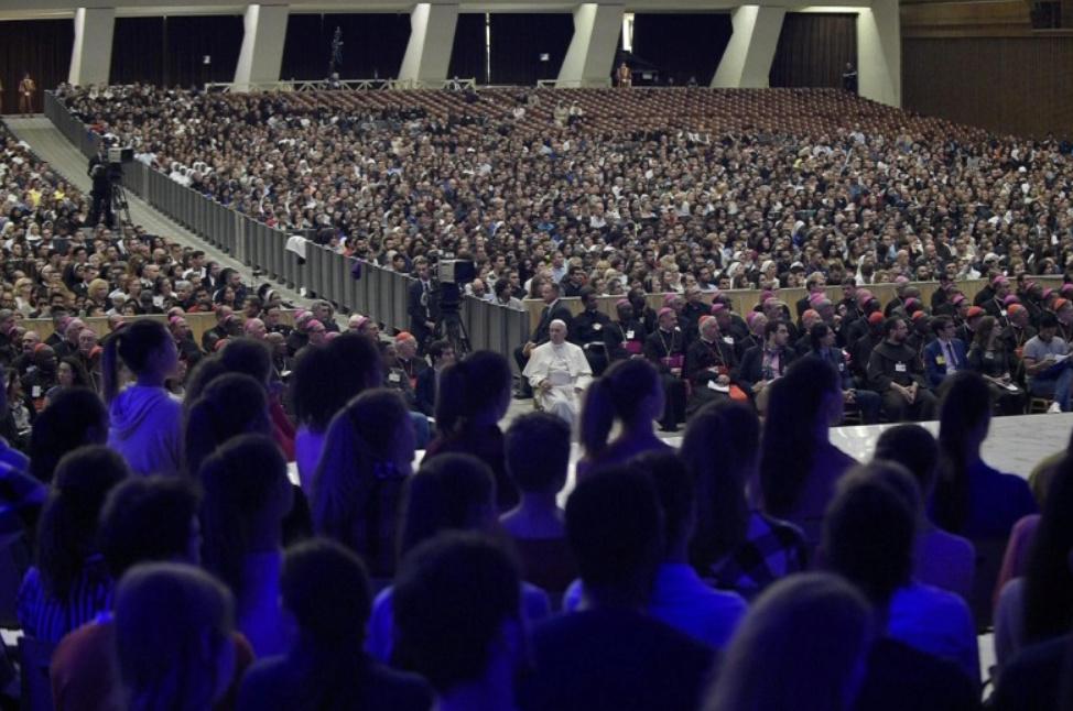 ✟Toute l'Actualité de notre Saint-Père le Pape François✟ - Page 7 Veillz10