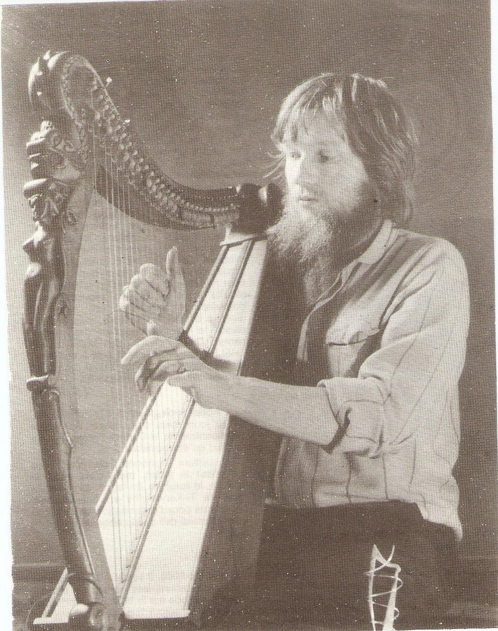 La harpe en film...? - Page 2 Numzor11