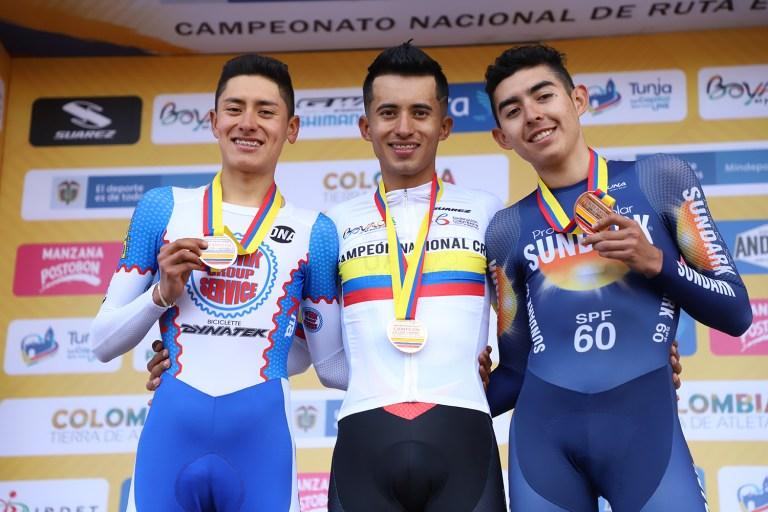 Tag ciclismocolombiano en La Ruta del Escarabajo Bustam11