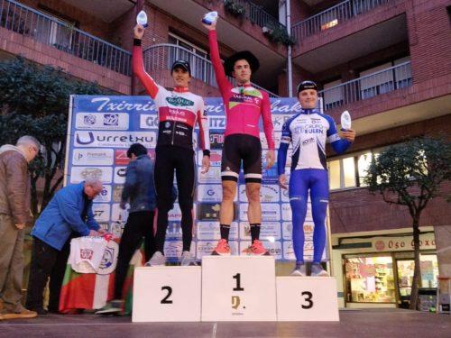 Ciclistas colombianos en el exterior (No las estrellas) Mesa_u10