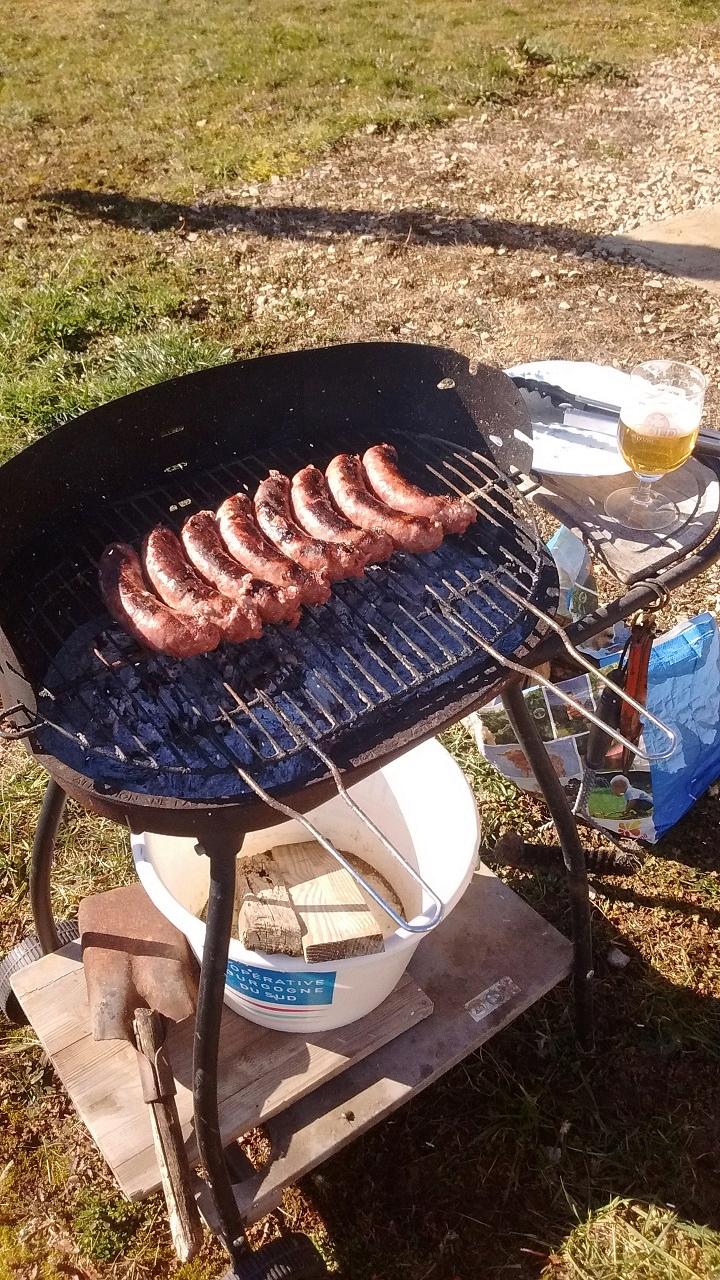 La saison est repartie, premier Barbec de l'année !!! Img_2011