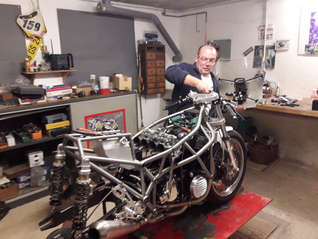 projet  racing 750 CB - Page 6 20190917