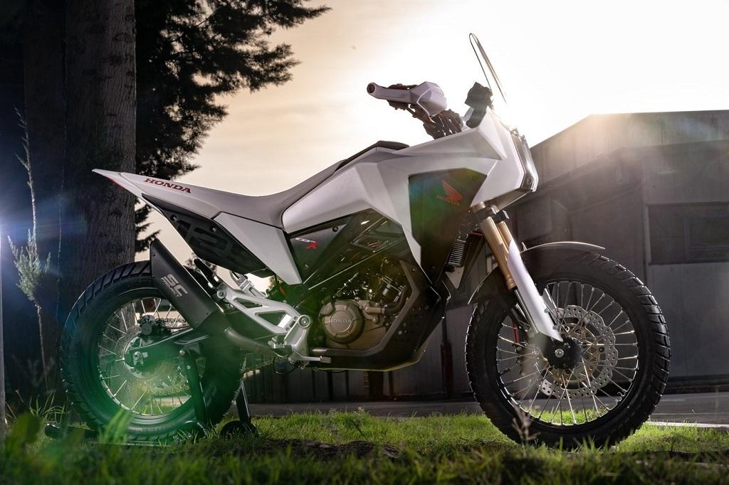 Honda CB125X et CB125M Concept: 15770510